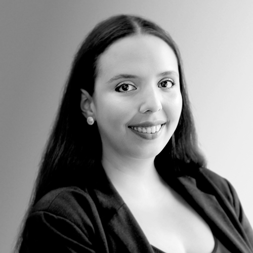 Alessandra Jeronimo Ungria Galvão